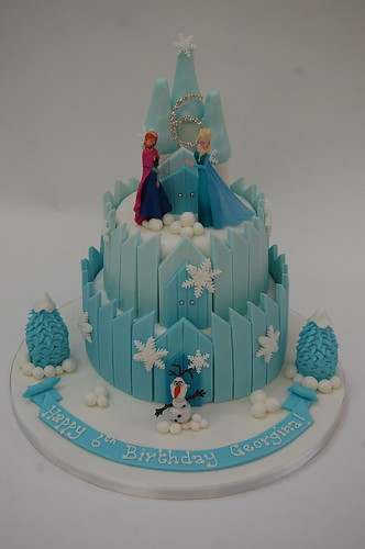 Fantastic Frozen Ice Castle Cake Beautiful Birthday Cakes Funny Birthday Cards Online Overcheapnameinfo