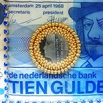 numismatic jewels dutch banknotes gulden embroidered