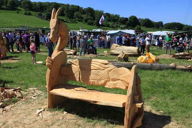 Dragon bench chainsaw carving flickr photo sharing