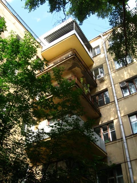 Дом-коммуна на ул. Лестева 17
