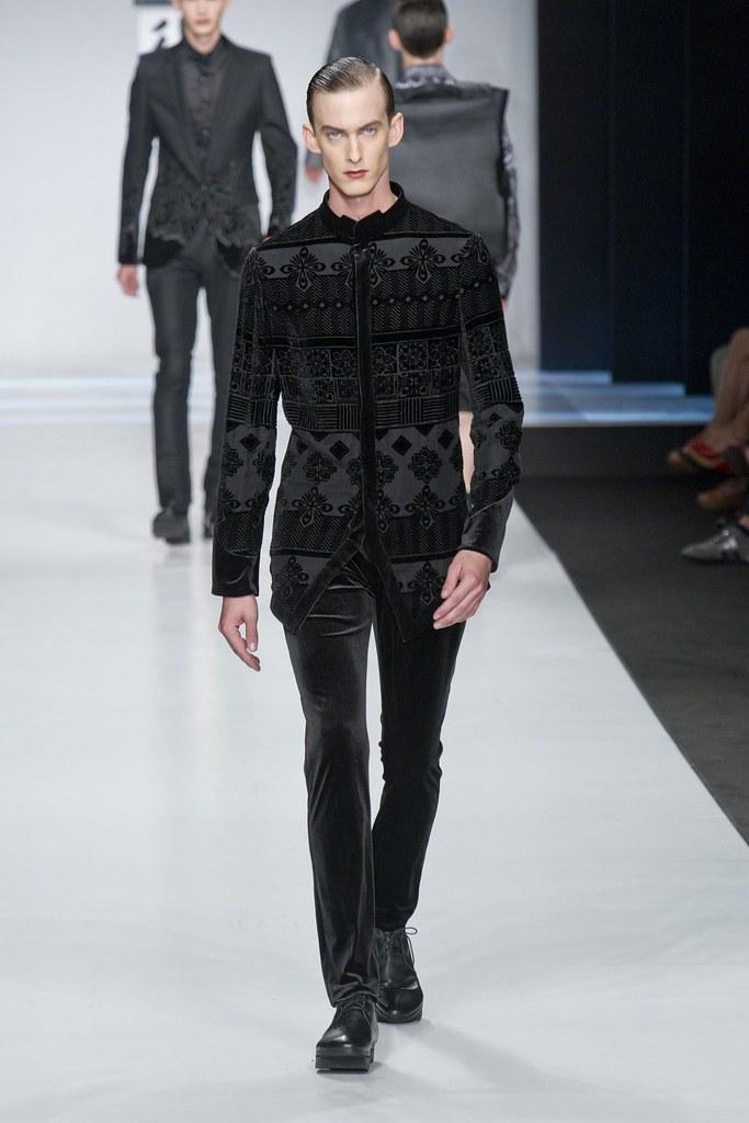 SS14 Milan Ji Wenbo053_Elias Cafmeyer(fashionising.com)