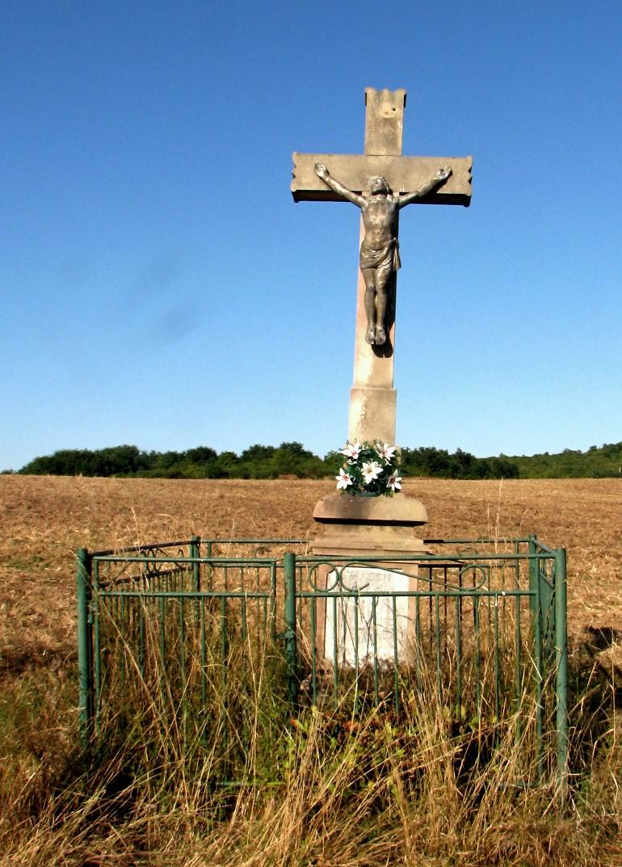 Kríž v Kiarovskej pustatine