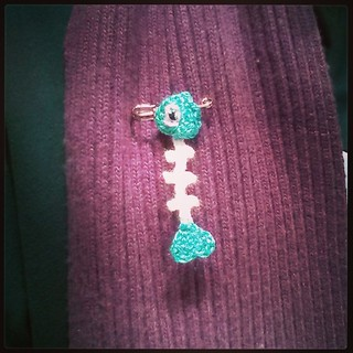Fishbone Pin