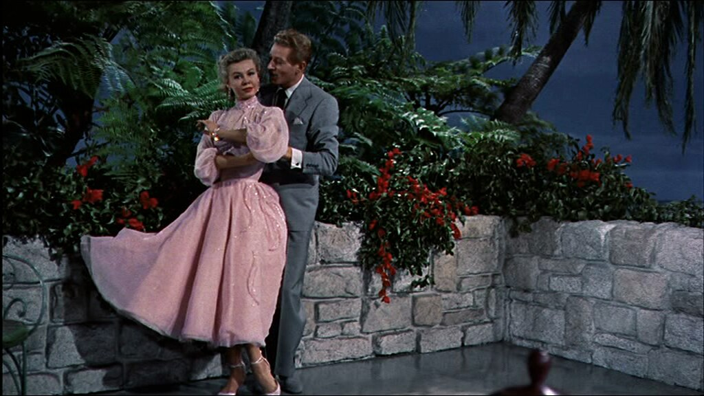 white-christmas-fashion-vera-ellen-danny-kaye-best-things