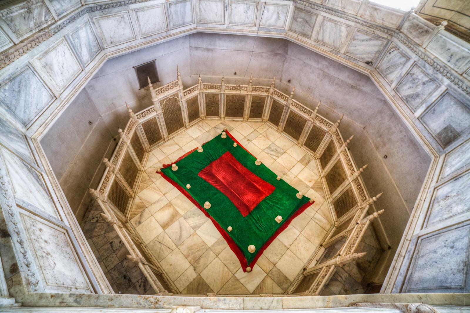 Bibi Ka Maqbara - Rabia-ul-Daurani's Tomb