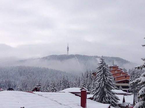 morning misty pamporovo snezhanka crystalski