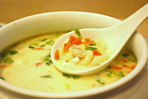 Creamy Chicken Macaroni Soup