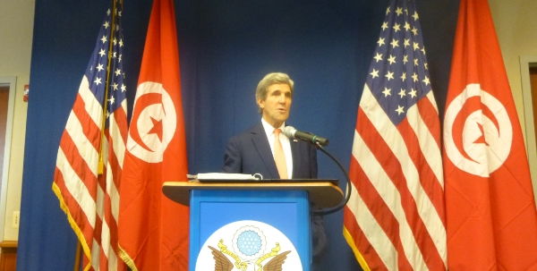 U.S. Secretary of State Visits Tunis, Praises New Constitution
