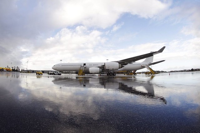 A340-600 da HiFly no Aeroporto do Porto
