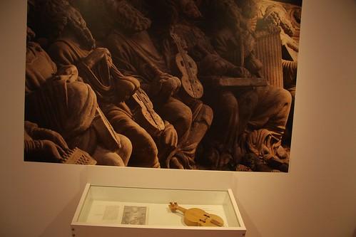 Exposición. Instrumentos do Pórtico da Gloria (Consorcio de Santiago - Fundación Barrié). F2