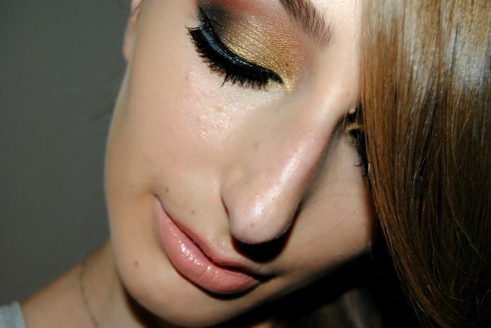 Gold Makeup (6)