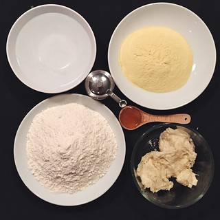 Pane cafone (neapolitan peasant bread) ingredients