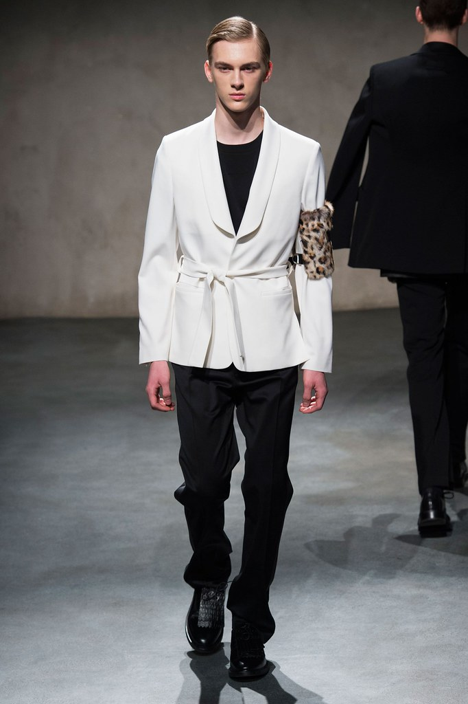 Dominik Sadoch3251_FW15 Paris 224 Hommes(fashionising.com)