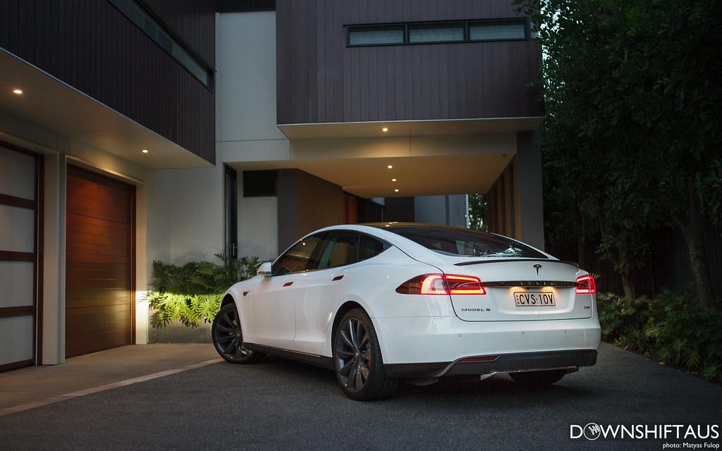 Tesla P85+