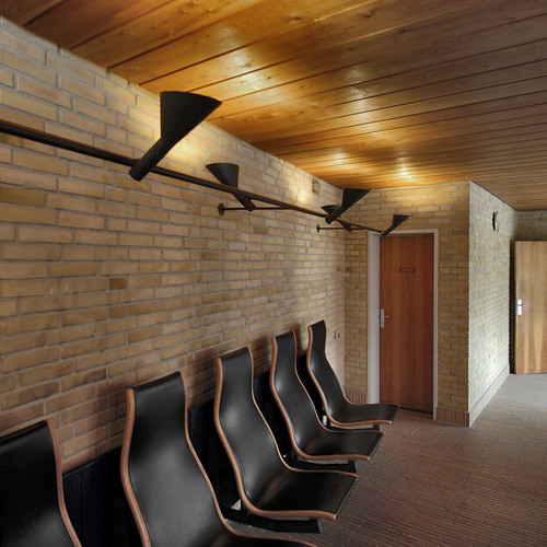 hans chr. hansen, architect: ringbo nursing home, bagsværd, copenhagen 1961-1963. chapel foyer.