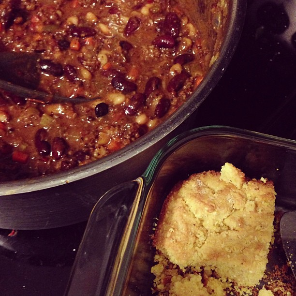 Chili & cornbread for dinner. #whatsfordinner