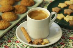 CAFÉ COM COOKIES