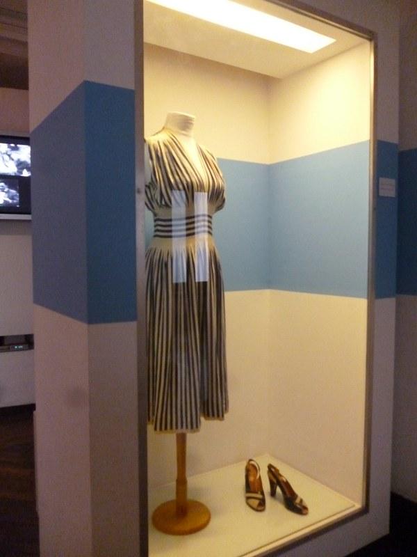 Evita's dress. I love the stripes.