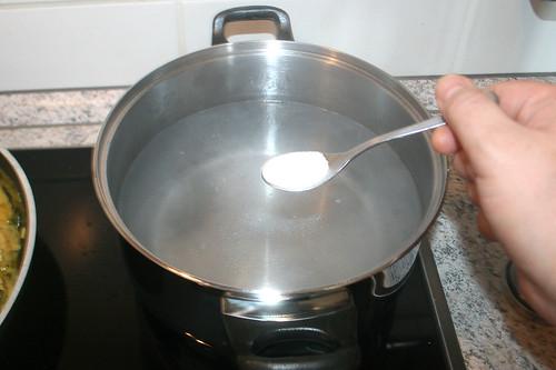 29 - Wasser salzen / Salt water