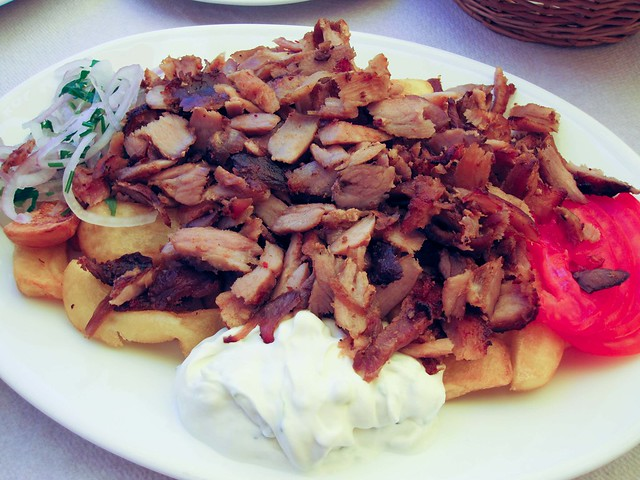 Gyros | 10 Things You Must Eat in Greece | packmeto.com