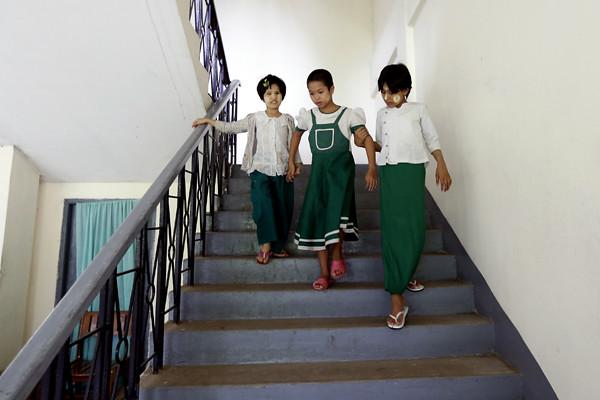 (7)MYANMAR-YANGON-EDUCACION-DISCAPACIDAD