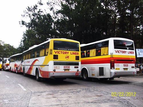"Victory Liners on Traffic at Baguio City ""Panagbenga 2013"" Baguio Flower Festival"