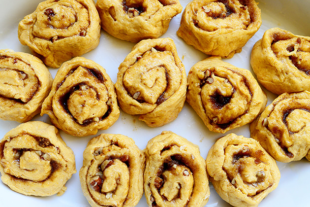 Pumpkin Cinnamon Rolls | The Pioneer Woman