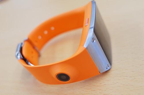 GALAXY Gear orange