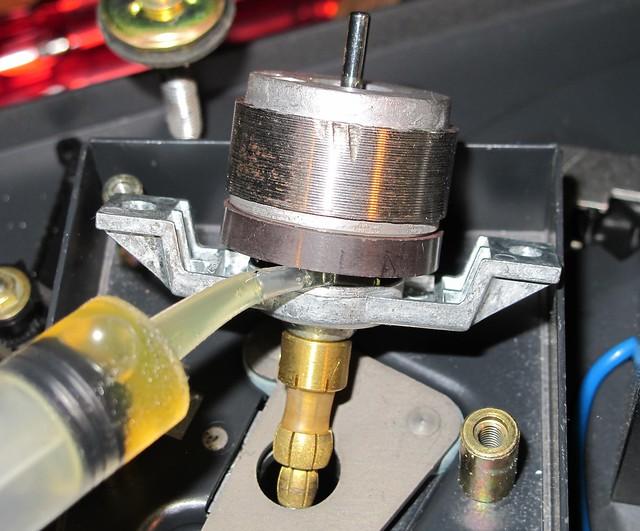 Oiling bearings