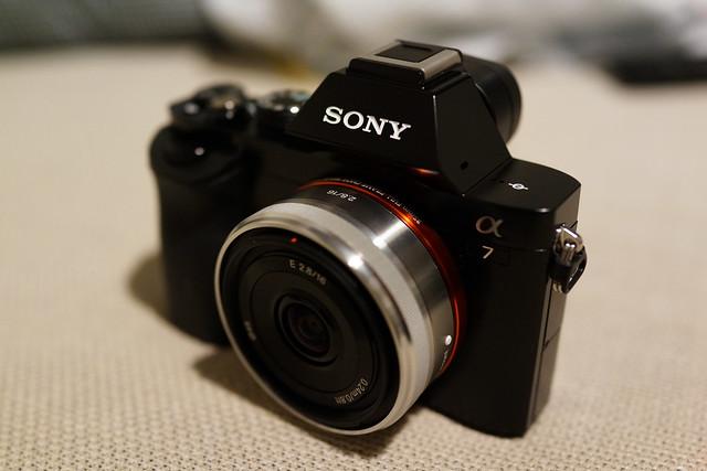 Sony A7 + SEL16F28