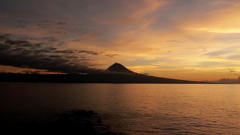 16. Otra vista del volcán Pico. Autor, Peregrino27