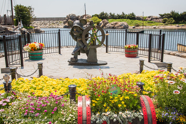 DDE May 2013 - Exploring American Waterfront