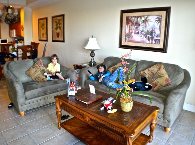 Blue Heron Beach Resort Orlando - Living Room