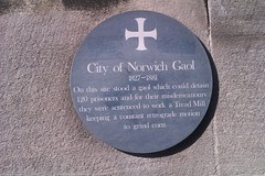 Photo of City of Norwich Gaol green plaque