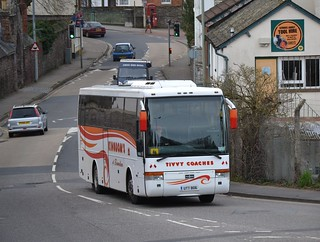 Kingdom's - UTT 806 - Tiverton - Station Road