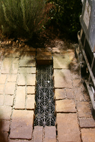 permeable_paving_over_cistern
