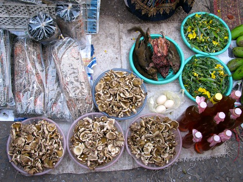 Productos exóticos en el Mercado de Abastos