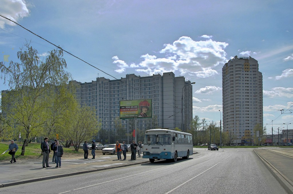 LiAZ-677 Moscow fantrip _20140427_037_hdr_ShiftN