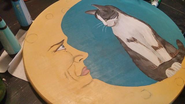 La lune et le chat.