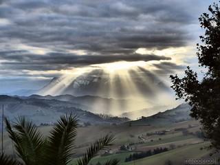 Sun&Clouds on Monte Vettore