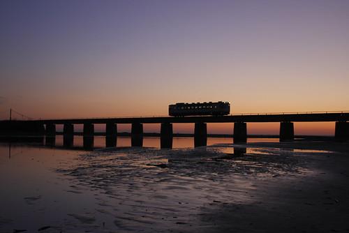 薄暮のガーター橋