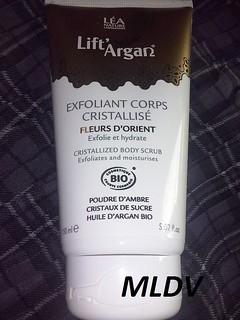 L'exfoliant pour le corps cristallisé