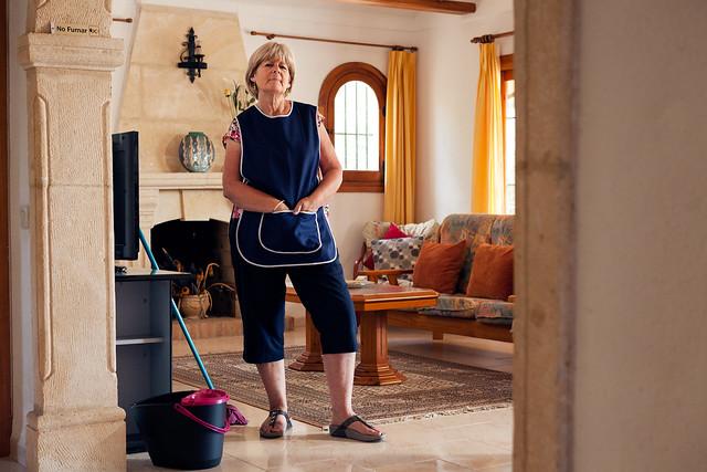 Linda Hutchence - A Brit Abroad