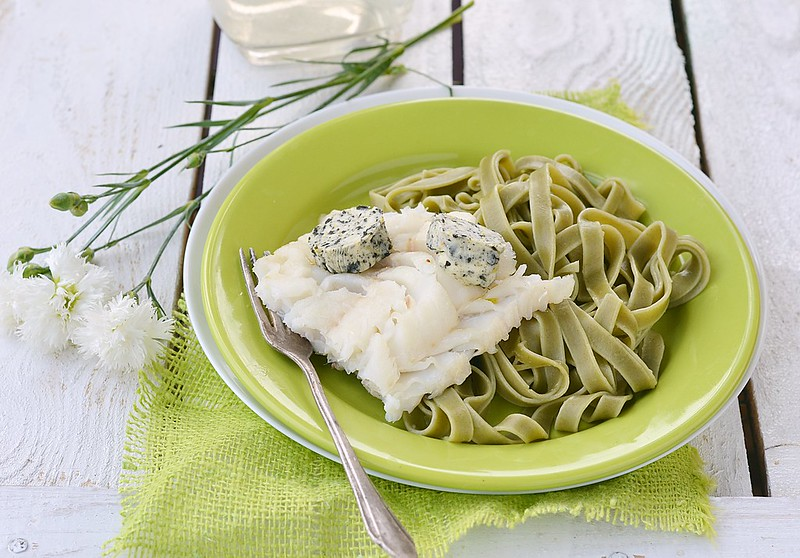 codfish fillet and pasta.5