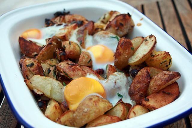 Pommes de terre nouvelles aux noisettes