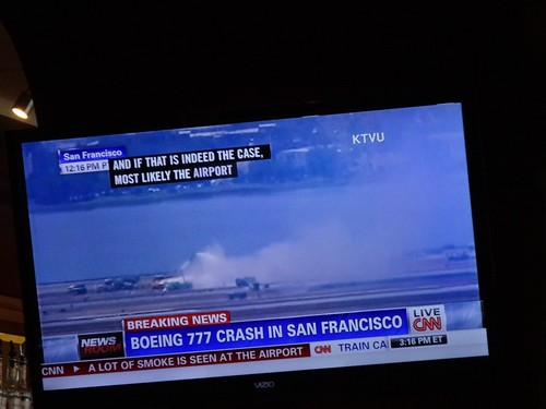 Asiana 777 accident on TV at SFO
