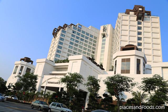 renaissance hotel JB