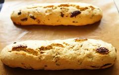 Biscotti with Korean Jujube and Pistachio 21