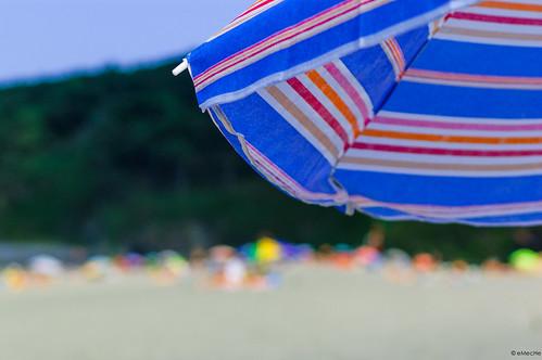 un día en la playa - la sombrilla by eMecHe
