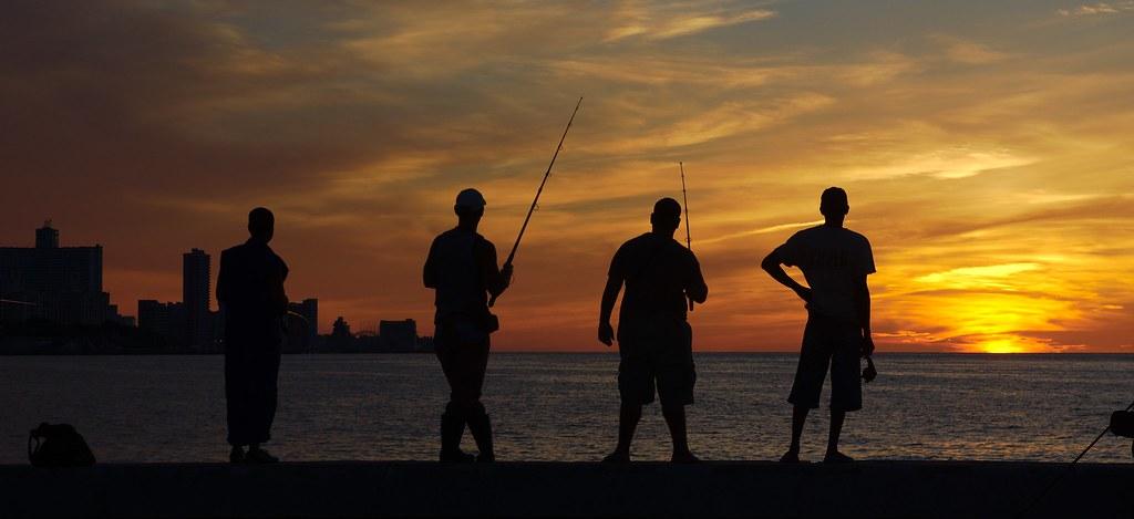 Pescadores en La Habana